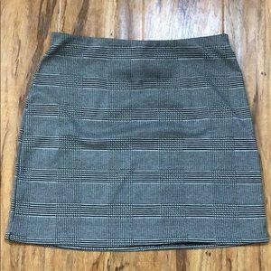 EUC H&M Gingham Mini Skirt